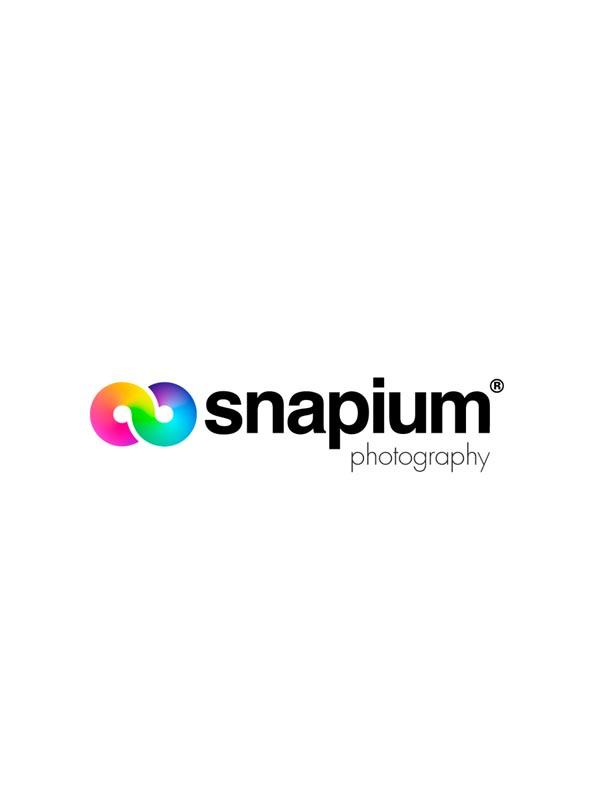 δημιουργία λογοτύπου για το φωτογραφείο προϊόντων Snapium
